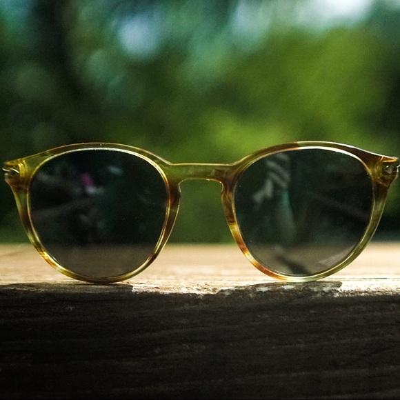 00e5f46b873d2 Persol 3152-S Sunglasses. M 5b9e889304e33de2f04e919d
